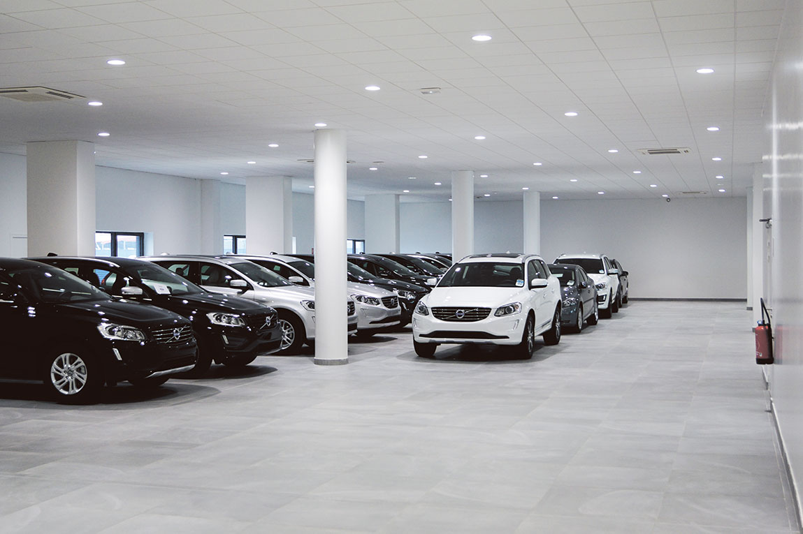 Illuminating Volvo Car Showroom In Lyon Fagerhult International - Car showroom